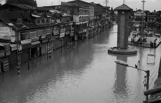 Srinagar_flood_PTI_650