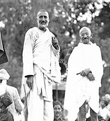 4. Non Violence: Gandhi and Abdul Ghaffar Khan