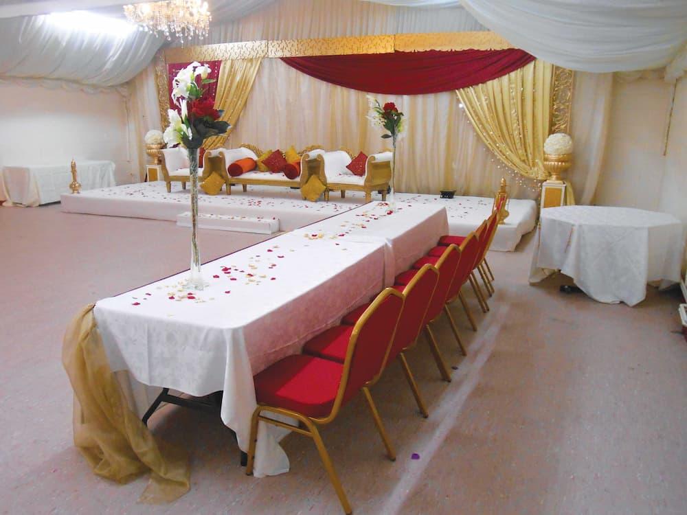 wedding room hire batley yorkshire